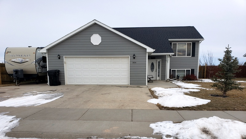 1814 River View Cir. Spearfish